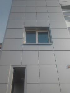 Монтаж козырьков и вентилируемого фасада из металлических кассет  по ул. Одесская