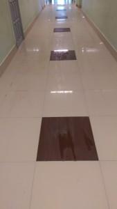 Облицовка плиткой керамогранит Грес 600х600 глянец.